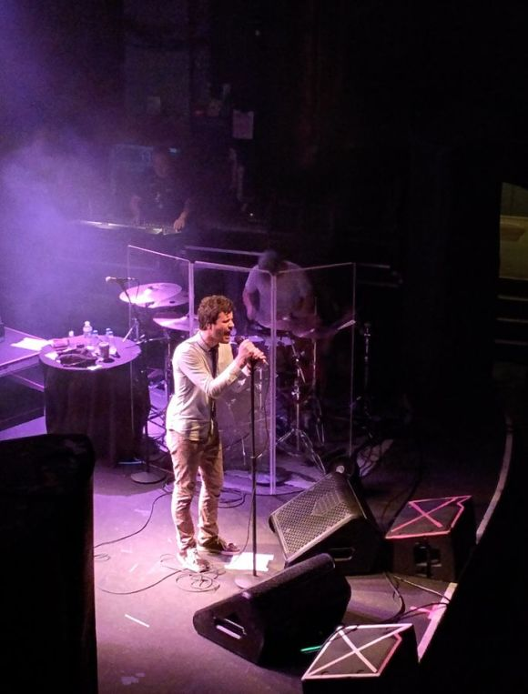 Michael_Angelakos_(Passion_Pit)_in_Columbus,_2015